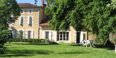 Le Méridien Le Méridien, Chambres d`Hôtes Campagne-d'Armagnac (32)