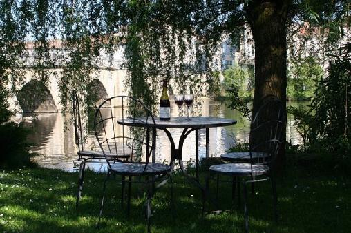 Chambre d'hote Charente - Pont Vieux, Chambres d`Hôtes Confolens (16)