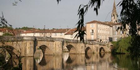 Pont Vieux Pont Vieux, Chambres d`Hôtes Confolens (16)