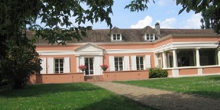 Le Préau Tallien Le Préau Tallien, Gîtes Flexanville (78)