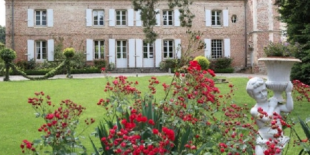 Chateau des Alleux Chateau des Alleux, Chambres d`Hôtes Behen (80)