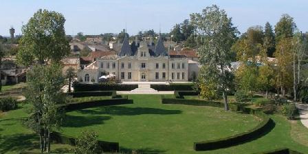 Château de Lussac Château de Lussac, Chambres d`Hôtes Lussac (33)