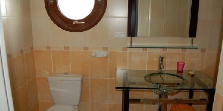 Chambres d'Hôtes de Kerhaus  Chambres d'Hôtes de Kerhaus -GR34-Mer, Chambres d`Hôtes Plouguiel (22)