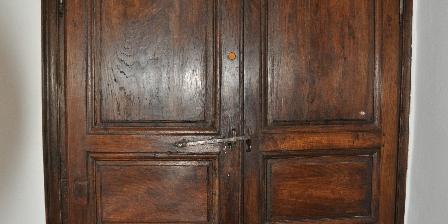 A la Javalière Porte accès aux chambres