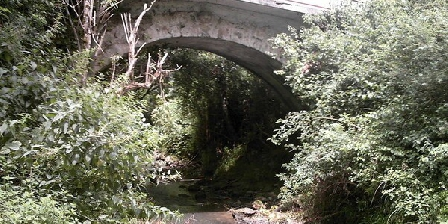 Le Moulin du Manchot Le Moulin du Manchot, Chambres d`Hôtes Montesquiou (32)