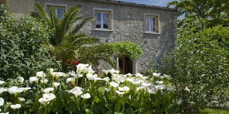 Côté Jardins Côté Jardins, Chambres d`Hôtes Caudiès De Fenouillèdes (66)