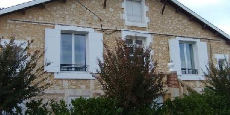 Le Chalet des Vignes Le Chalet des Vignes, Chambres d`Hôtes Saint Laurent Des Vignes (24)