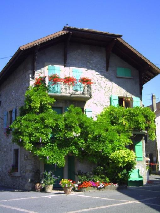 Maison de village à Messery, Gîtes Messery (74)