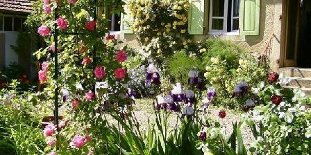 Les Jardins du Valencon B&B Les Jardins du Valencon, Chambres d`Hôtes Cindre (03)