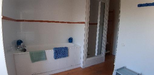 Les Fillattes, Salle de bain de la chambre d'hôtes: Les Brulonne