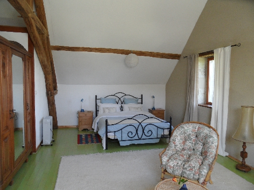bed & breakfast Allier - The large bed