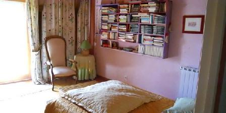 Chambres d'Hôtes Les Mazes Chambres d'Hôtes Les Mazes, Chambres d`Hôtes Aurelle Verlac (12)