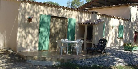 Les Glycines Les Glycines, Chambres d`Hôtes La Roque D'Antheron (13)