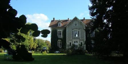 Château la Perche Château la Perche, Chambres d`Hôtes Buxières Sous Montaigut (63)