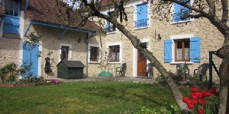 Les Cailloux  Les Cailloux en vallée de Chevreuse - Chambres d'hôtes Gite Rambouillet, Chambres d`Hôtes Vieille Eglise En Yvelines (78)