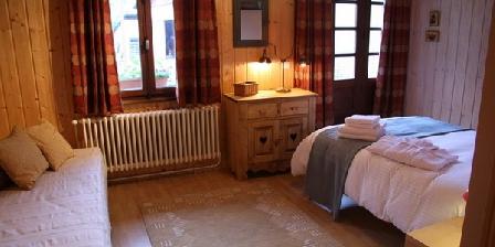 Chalet Entre Deux Eaux Chalet Entre Deux Eaux, Chambres d`Hôtes Montriond (74)