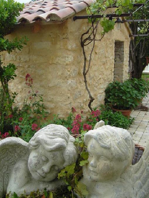 Mas de la Garance, Chambres d`Hôtes Althen Des Paluds (84)