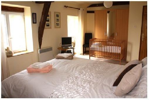 Les Rivieres, Chambres d`Hôtes Montourtier (53)