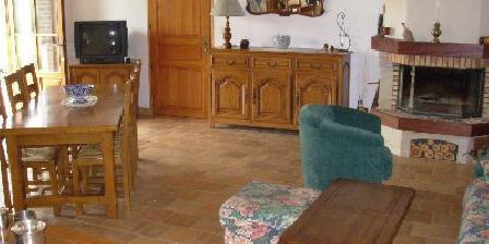 Les Champs Blancs Les Champs Blancs, Chambres d`Hôtes Saint Aubin Chateau Neuf (89)
