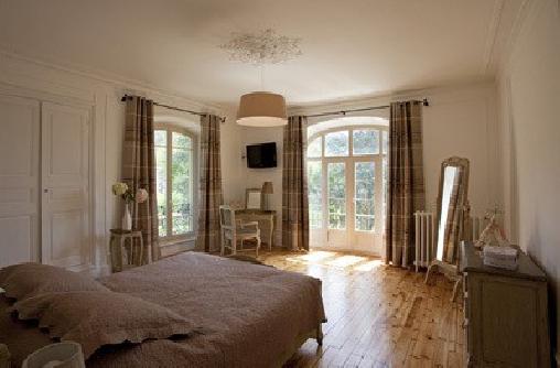 chambre d 39 hote manoir de l 39 esplanade chambre d 39 hote lozere 48 languedoc roussillon album photos. Black Bedroom Furniture Sets. Home Design Ideas