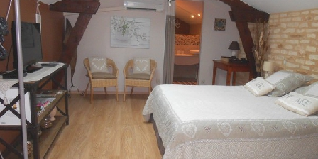Le Moulin de Mayence Le Moulin de Mayence, Chambres d`Hôtes Plazac (24)