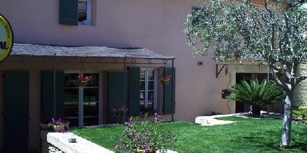 B b aubais une chambre d 39 hotes dans le gard dans le languedoc roussillon accueil - Chambre d hotes dans le gard ...