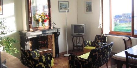 Chez Céleste Chez Céleste, Gîtes Neuvilly (59)