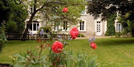 Les Vielles Maisons Les Vielles Maisons, Chambres d`Hôtes Vaas (72)