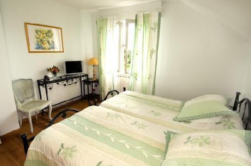Chambre d'hote Lozère - Auberge Ferme de Saltel, Chambres d`Hôtes Rieutort De Randon (48)