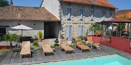 Maison d'Hôtes de la Dronne Maison d'hôtes de la Dronne, Chambres d`Hôtes La Roche Chalais (24)