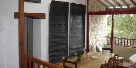 Terres de Barréjat Terres de Barréjat, Chambres d`Hôtes Cazals Des Bayles (09)