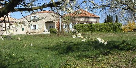 Domaine Les Faures Domaine Les Faures, Chambres d`Hôtes Cancon (47)