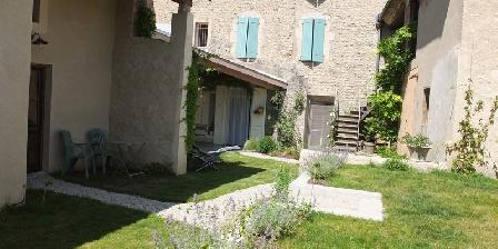 BnB F.Bouvarel à Die Françoise et Jean Paul Bouvarel, Chambres d`Hôtes Die (26)