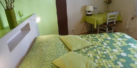 Les chambres d'Hôtes d'Eloîse Les chambres d'hotes d'Eloîse, Chambres d`Hôtes Aramon (30)