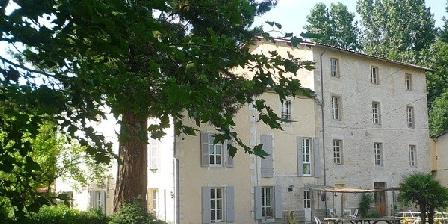 Moulin de la Papeterie Moulin de la Papeterie, Chambres d`Hôtes La Crèche (79)