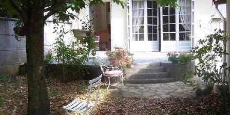 Chambre d'hotes A la lisiére du parc > A la lisiére du parc, Chambres d`Hôtes Bordeaux (33)