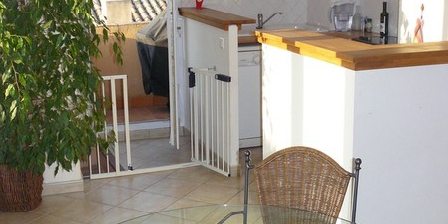 Gîte Decker Joan Appartement D'hôtes Aix Mazarin, Chambres d`Hôtes Aix En Provence (13)