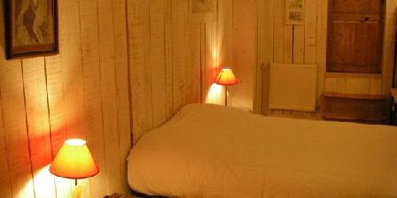 La Maison Bleue La Maison Bleue, Chambres d`Hôtes La Cabanasse (66)