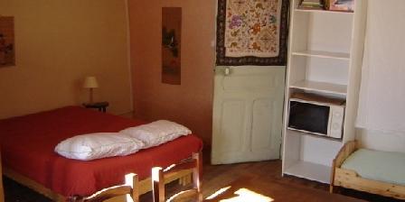 A La Petite Etoile A La Petite étoile D' Hôtes en Mercantour et sa table bio, Chambres d`Hôtes Saint Dalmas Le Selvage (06)