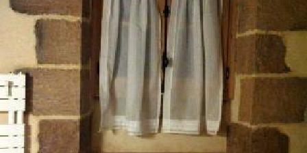 La Maison des Aieux La Maison des Aieux, Chambres d`Hôtes Bressolles (03)