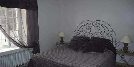 Aux Fleurs de Cerises Aux Fleurs de Cerises, Chambres d`Hôtes Le Plessis Luzarches (95)