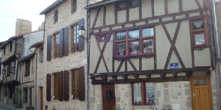 Chez Chantal et Gérard Jamin Chambres D'hôtes à Parthenay chez Chantal Et Gérard Jamin, Chambres d`Hôtes Parthenay (79)