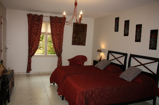 Chambre ASIATIQUE (deux lits séparés)