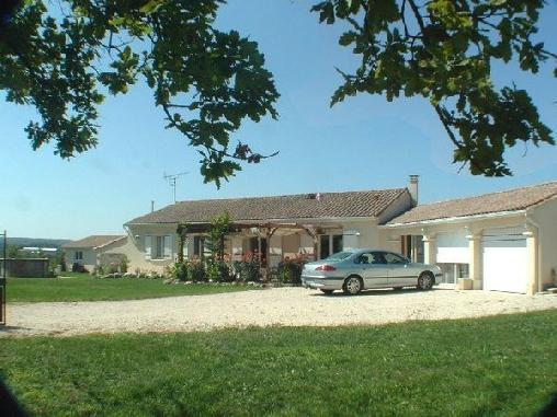 Chambre d'hote Charente - Le Coin de Jeammet, Chambres d`Hôtes Chazelles (16)
