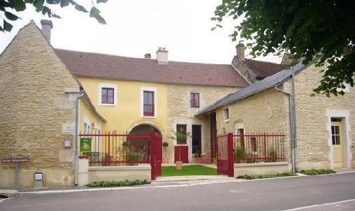 Le Refuge de Petit Louis, Chambres d`Hôtes Saint Cyr Les Colons (89)