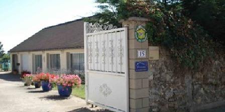 Relais de Montceaux Relais de Montceaux, Chambres d`Hôtes Montceaux Les Meaux (77)