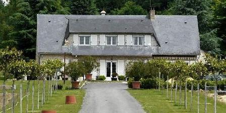 Le Poirier Le Poirier, Chambres d`Hôtes Challes (72)