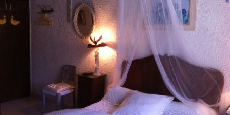 Chez Lucie Chambres  d hotes chez Lucie Nimes Gard, Chambres d`Hôtes Nimes (30)