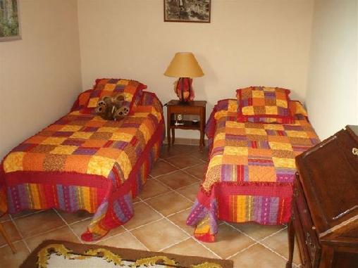 Le Refuge, Chambres d`Hôtes Auriol (13)