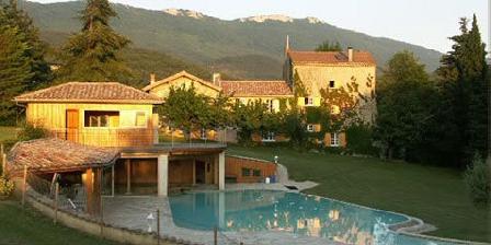 Location de vacances Domaine du Tisserand > Domaine du Tisserand, Chambres d`Hôtes La Baume Cornillane (26)
